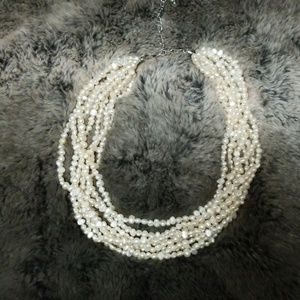 Pearl choker 8 strands